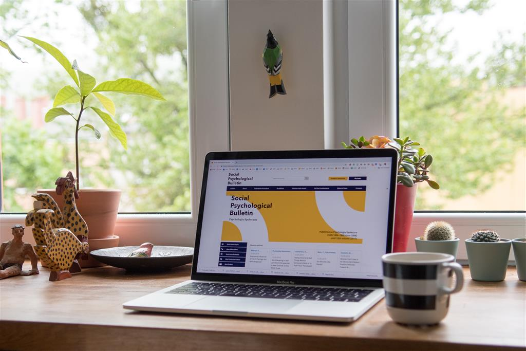 ticaret yapma yolları - ek para kazanmanın yolları - evde girişimcilik - başarılı girişimci